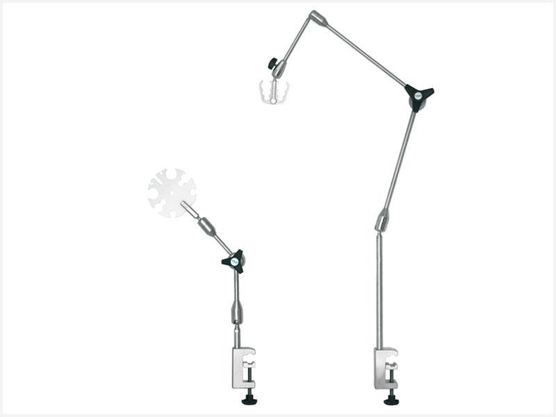 Supports pour tubes en anesthésie avec trois articulations